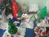 """В МБДОУ №21 """"Светлячок"""" прошла выставка новогодних поделок!!!"""